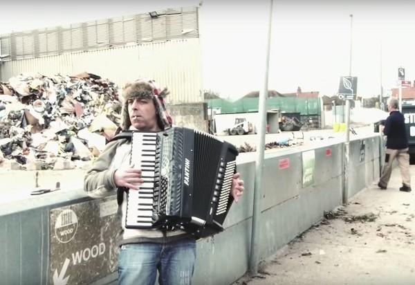 FS_16 augusti_Bo Karlsson_Subterranean homesick blues-Koby Israelite feat. Annique_600