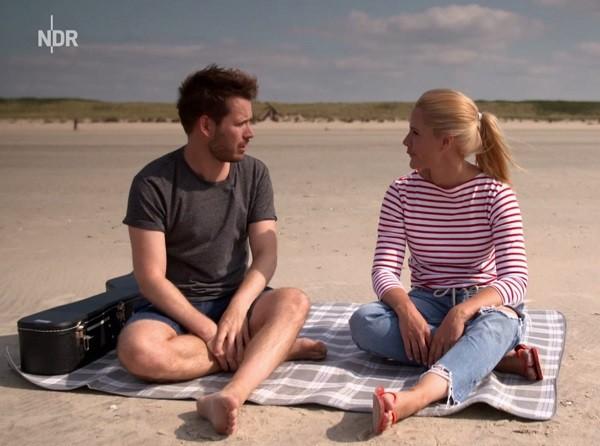 TV & Film i Veckan_12 oktober 2019_Spiekeroog_Johannes Strate & Judith Rakers_cut_600
